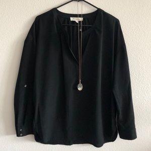 Vince Camuto Nordstrom flowy black blouse